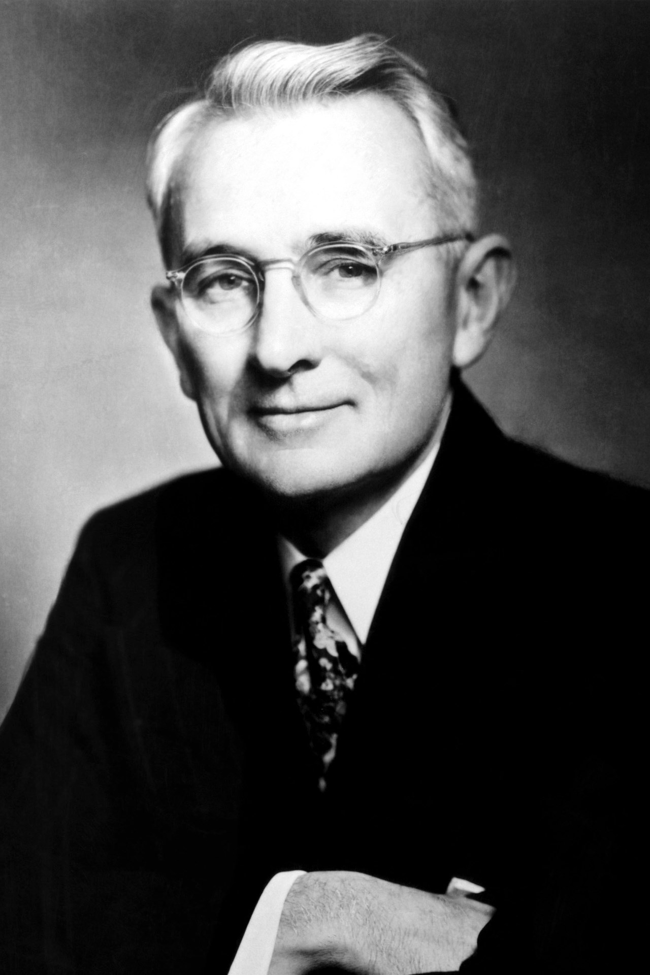 dale carnegie biography
