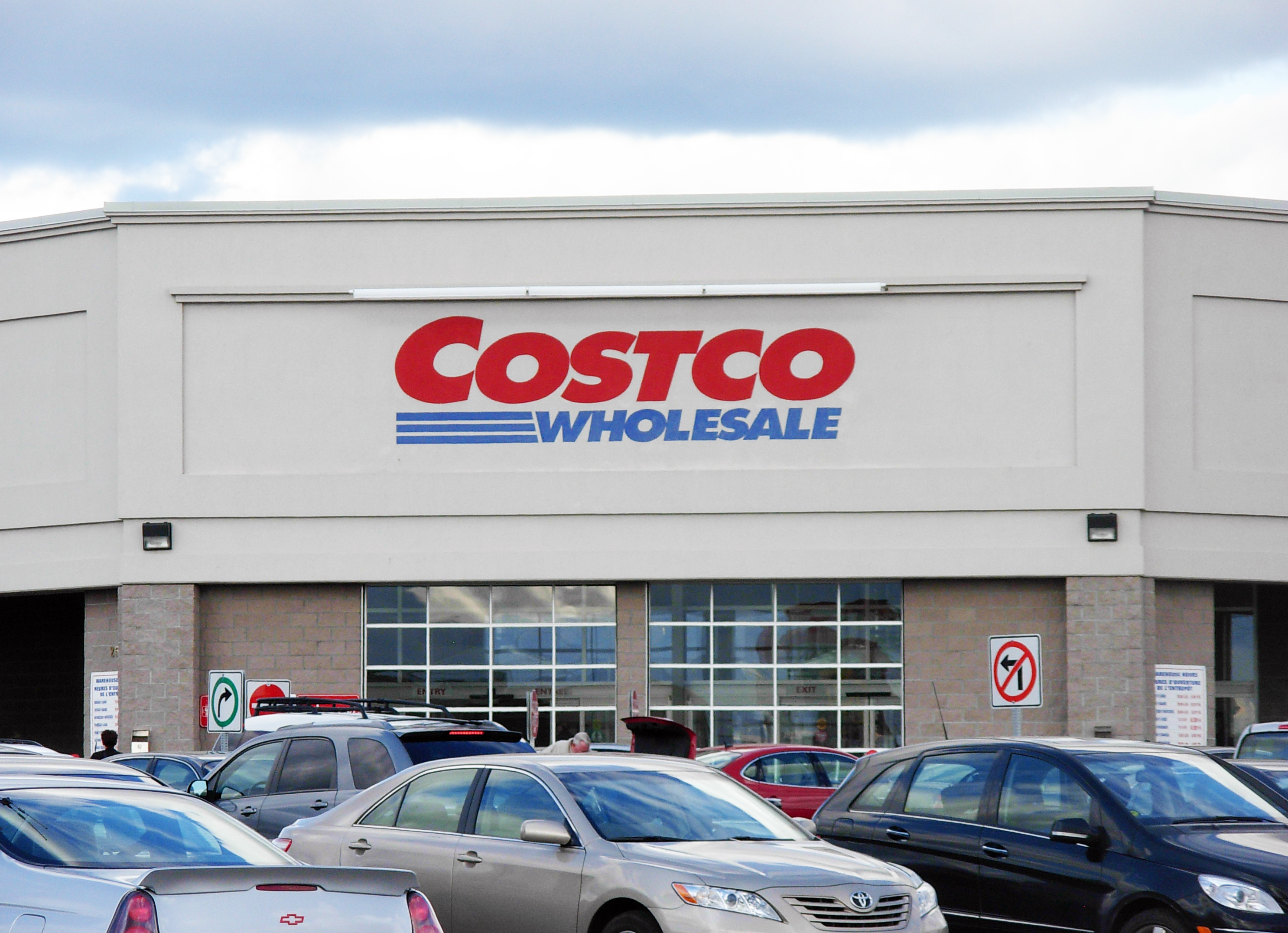 customers are addicted to costco